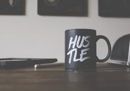 hustle-mug-desk-image-inbound-marketing